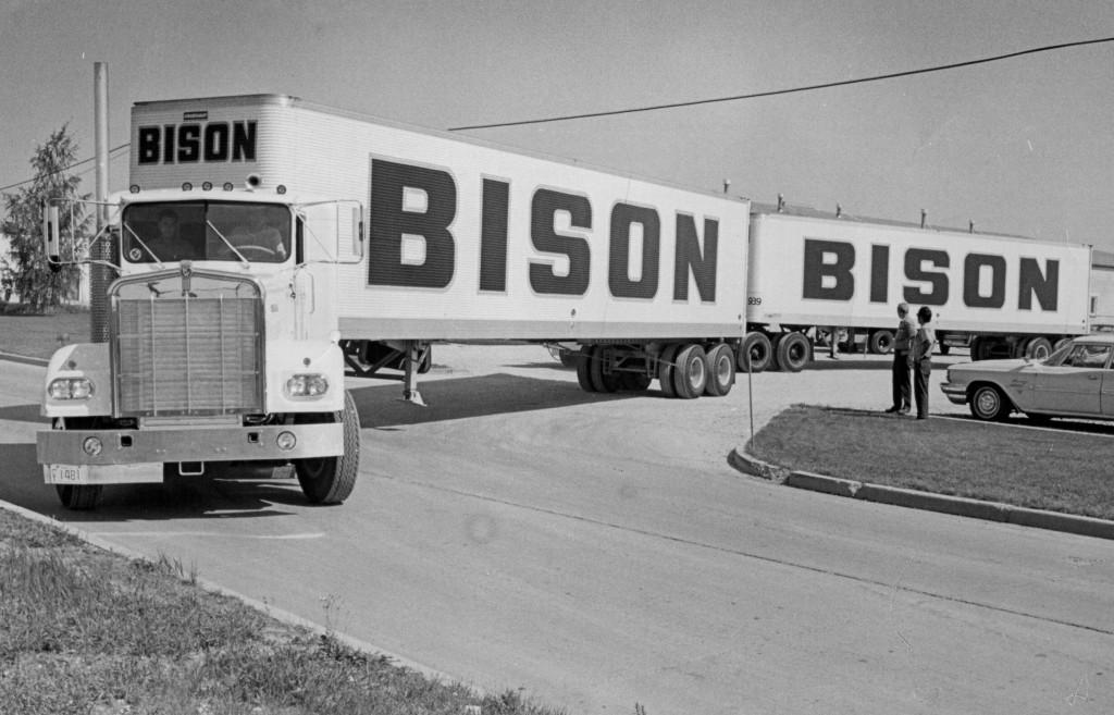 Old Bison Tractor Trailer