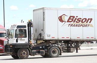 Bison Transport Shunt Truck