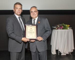 Pioneer's Club Award